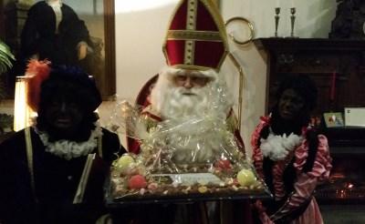 Sinterklaas bedankt sponsors Stapel op Sint
