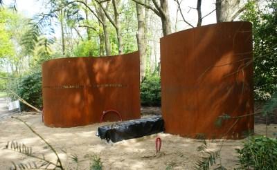 Kunstwerk in park Stapelen
