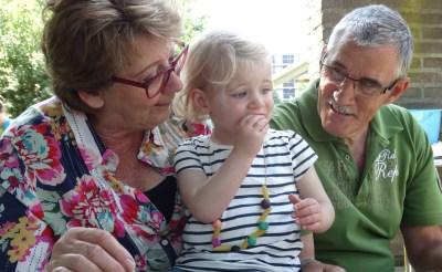 Opa- en Oma-dag bij Domino