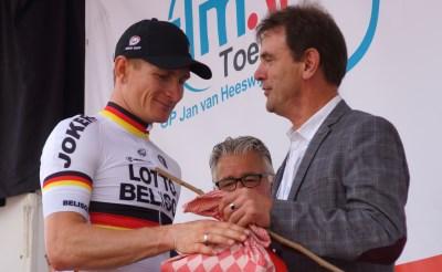 André Greipel wint tweede etappe in Ster ZLM Toer