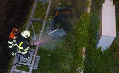 Brandend matras langs A2