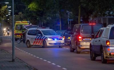 Bromfietser botst met auto