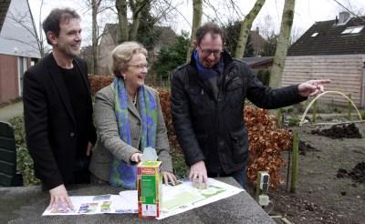 Boxtel reikt Groene Handdruk uit aan generatietuin Liempde
