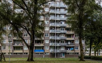 Acht balkons 'Schorpioen' verzakt