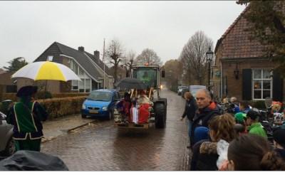 Sinterklaas met loader naar Liempde