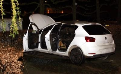Auto brandt uit aan Octogoon