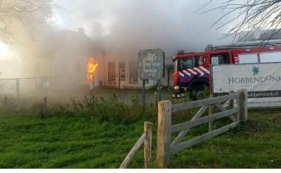 Uitslaande brand bij voormalige meubelfabriek