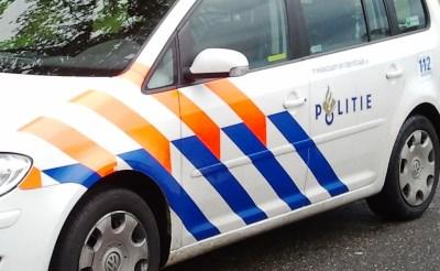 Politie verricht aanhouding op A2