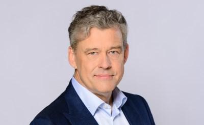 Simek ontmoet Groenhuijsen in theater