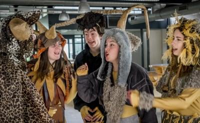 'Monsterlijk' toneelstuk JRL in première
