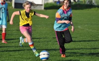 Vriendinnenvoetbal bij RKSV Boxtel
