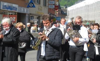 Seniorenorkest Buchestelle treedt op in Muziekhuis