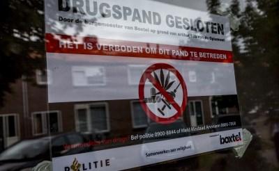 Burgemeester Buijs sluit drugspand in Poolsestraat