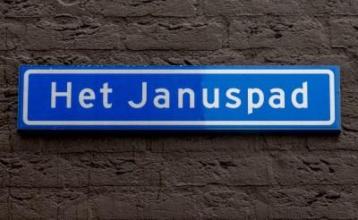Familie van Roosmalen opent 'Het Januspad'