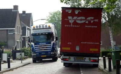 Onderzoek naar verbod vrachtverkeer Kapelweg