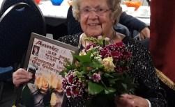 'Ons Genoegen' huldigt vrolijke Annie Vlamings