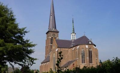 Kèk Liemt neemt Sint-Jans Onthoofdingkerk onder de loep