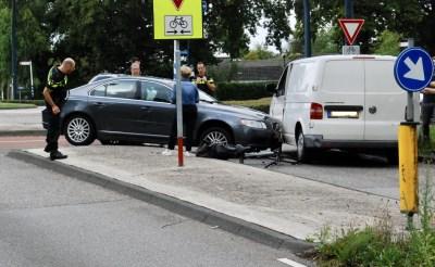 Schijndelseweg dicht na aanrijding tussen auto en fiets