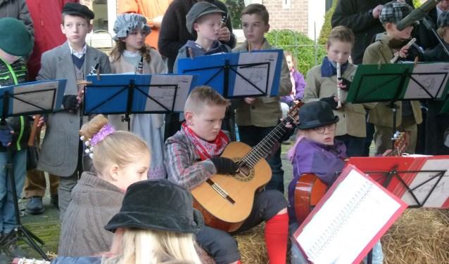 Een optreden van leerlingen tijdens een eerder Dickens Festijn.