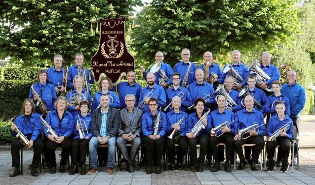 Leden van muziekvereniging Arezzo in Puiflijk.