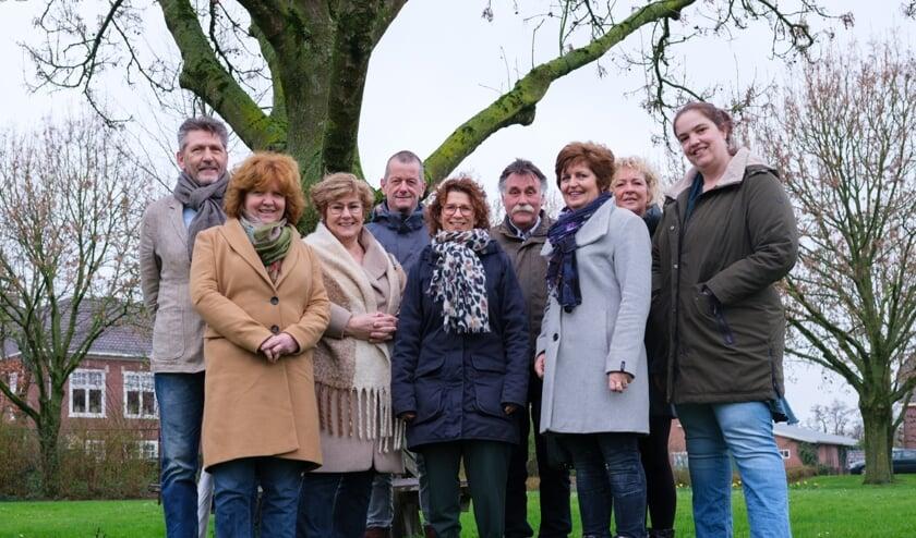 Enkele leden van het Dorp OntwikkelingsPlan Maasbommel.