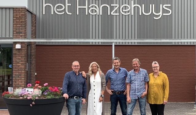 Raimond van Wely, Henriette Litjes, Jack van Lent, René Petit en Pieta van Wely.
