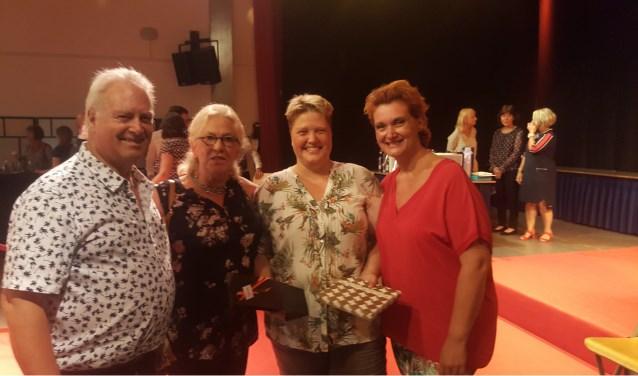 Miranda Verdouw (3e van links)  | Fotonummer: fdfc27