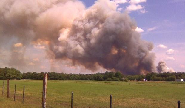 Brand op Strabrechtse heide op 2 juli 2010  | Fotonummer: d9ba7c