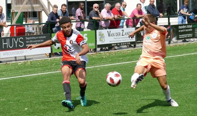 Jeugd van Feyenoord en Anderlecht oefent bij VV Mifano    Fotonummer: ece9fa