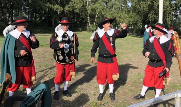 Koning Alfons (2e van links)  | Fotonummer: 074b71