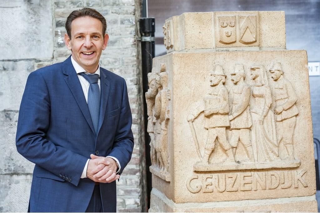 Roland van Kessel kan niet wachten om aan de slag te gaan met zijn nieuwe collega's en de inwoners van Cranendonck, foto: Jos Meusen. Foto: Jos Meusen © grenskoerier