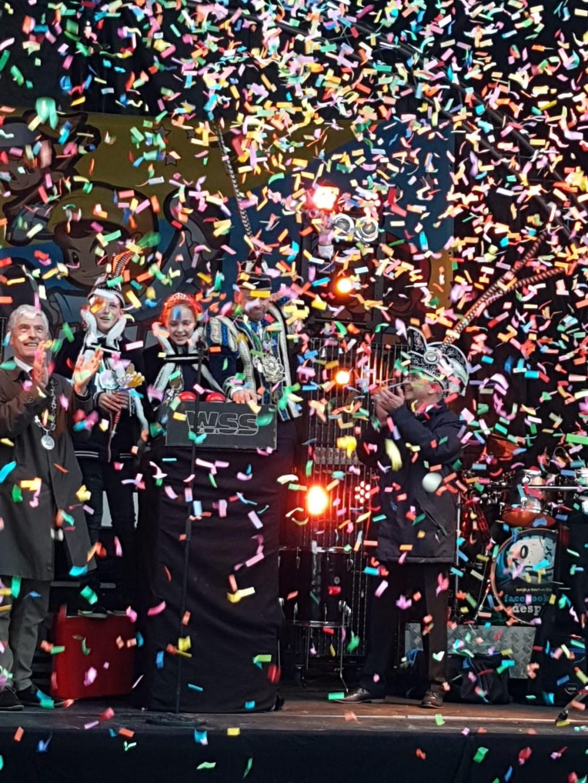 confettiregen  © grenskoerier