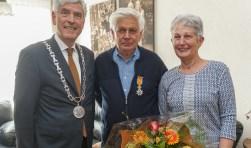 Franz Twardy (midden) werd net als Johan Verrest benoemd tot Ridder, foto: DeMeus