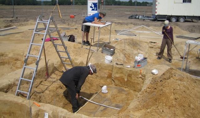 Nico Arts bij een opgraving