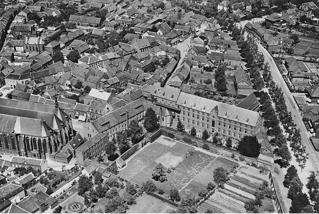 Kloosters en scholen centraal tijdens open stadswandeling in Weert  © grenskoerier