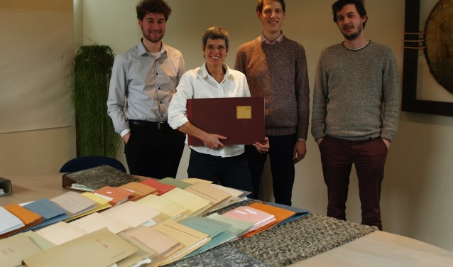 Van links naar rechts:Bas Machielsen, Tjabine Guntlisbergen, Ruben Peeters en Amaury de Vicq, foto: Laura Raats.