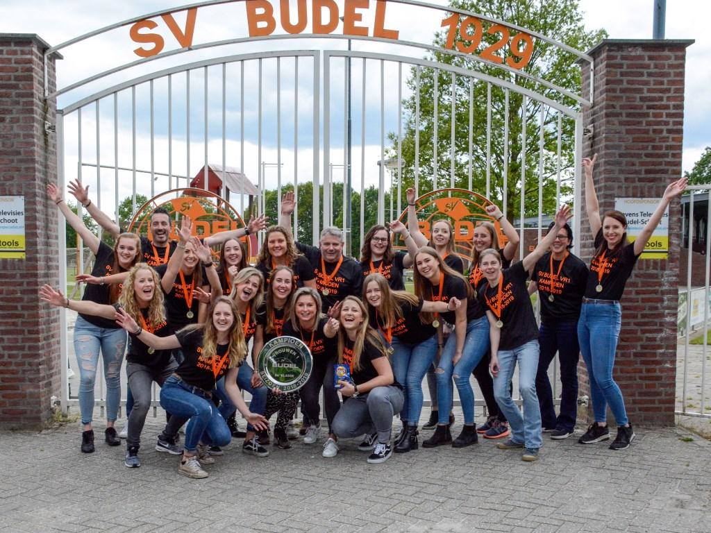 De kampioenen van sv Budel VR1