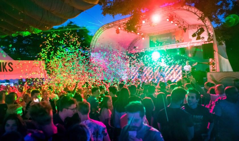 PartyfrieX op de zondagavond van Schoot Kermis 2018