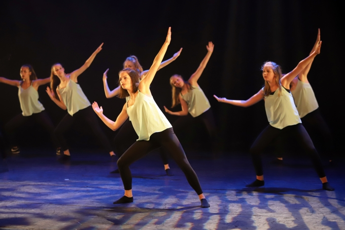 de dansers van DOK Alex Beukhof © BDU Media