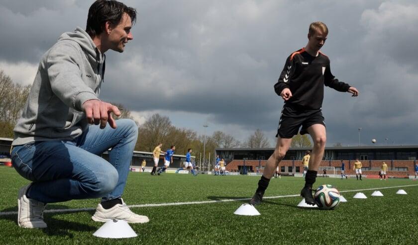 Voetbaltalent Jesse Hoekstra mikt met herstelde knie op 15 treffers - DePuttenaer.nl