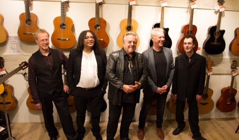 De Jay Bodean Band treedt op in De Kroon.