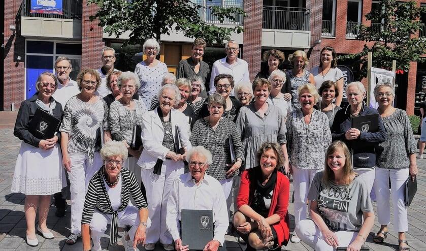 Ze hadden het liever anders gezien, de trouwe leden Krea Musica, maar hun koor is toch opgeheven.