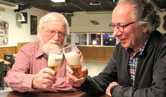 Henk Koster en Ed Nigg in de kleine zaal van Swanla. (foto en tekst: Erik van Leeuwen)