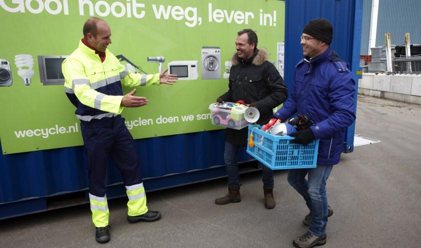 Vijfentwintig cheques van 1000 euro zijn er te winnen voor inzamelaars van e-waste. (foto: Wecycle)