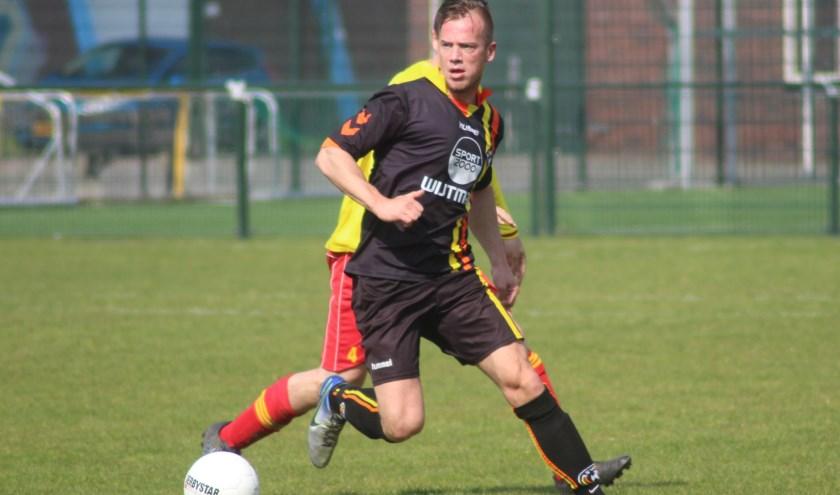 ASW-spits Michael de Zwart moet volgend seizoen op zaterdag scoren. (foto en tekst: Erik van Leeuwen)
