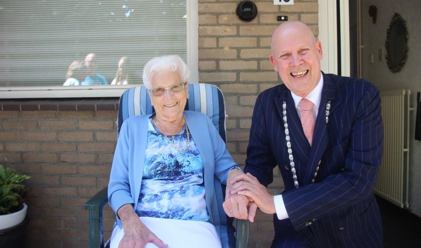 Sjoukje Lelij-Westra kwam bijna zestig jaar geleden naar Moordrecht. (foto en tekst: Erik van Leeuwen)