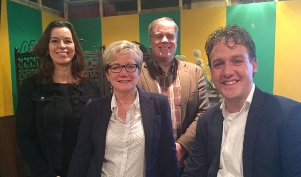 Het nieuwe VOC bestuur, met vlnr, Olga Kivits, Annemieke Jense, Bert van de Bos en Tom Schellekens. Thijs van ooijen ontbreekt op de foto.   | Fotonummer: 0504f6