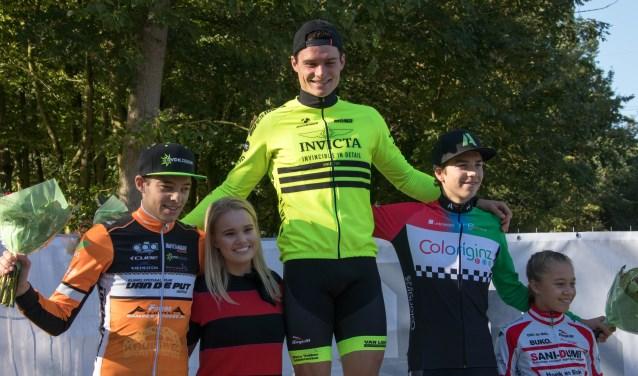 Klaas Groenen op het hoogste podium. (Foto: Hans Steekers)  | Fotonummer: 9113cf