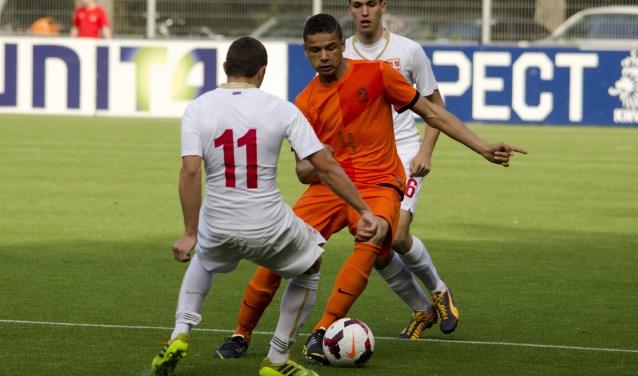 Armando Obispo, hier in actie voor Jong Oranje.  Foto: Hans Verberk - www.boxteldigitaal.nl  | Fotonummer: ca935b