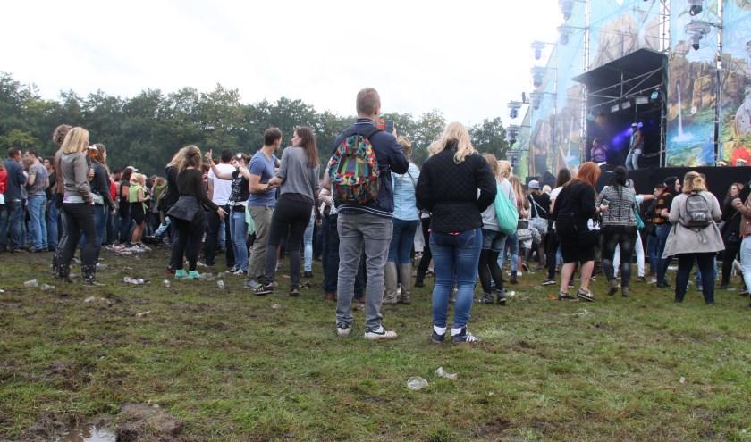 Regelmatig strijken festivals neer op het landgoed, zoals hier Dance Nature. Nog nooit kreeg de stichting BGL echter te maken met een festival van de omvang van We Are Electric.     Fotonummer: af8d84